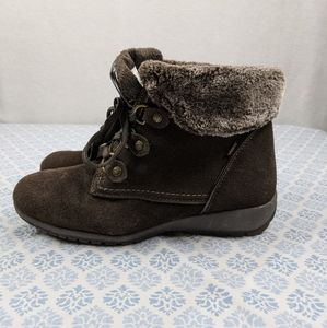 Sporto brown suede waterproof fur trimmed boots